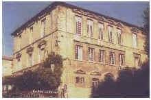 chateau_roussillon.bmp (96414 octets)