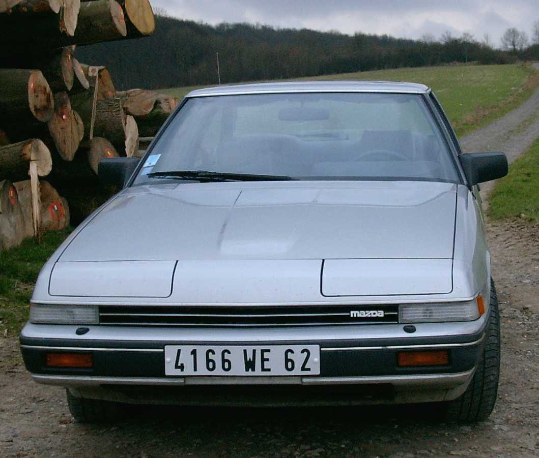 mazda929coupe3.jpg (78793 octets)